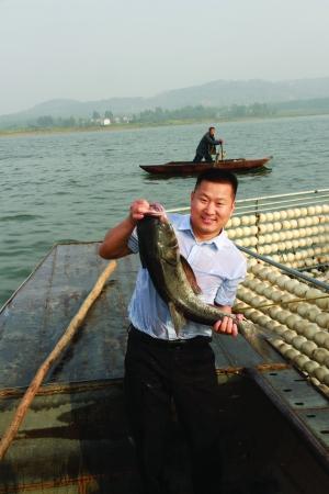 南京胖鱼头连锁餐饮管理有限公司董事长刘杰