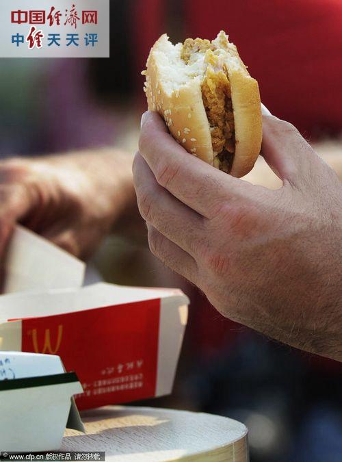 张国栋:麦当劳建议自家员工少吃快餐业界良心