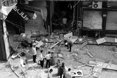 福州某餐馆液化气爆燃一名路人不幸遇难