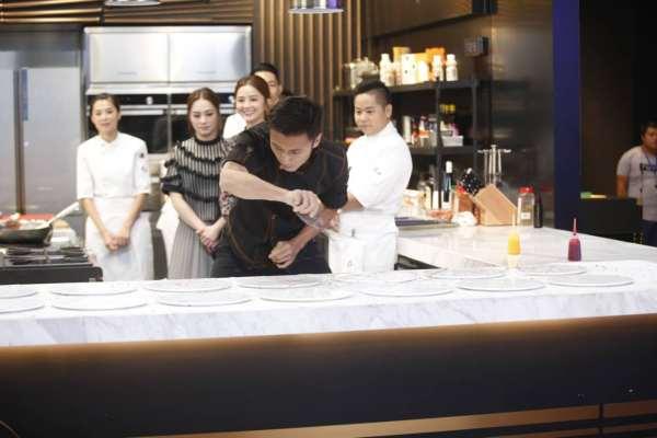 谢霆锋日后拍戏专心开家餐厅了