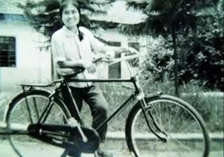 """永久自行车开了一家""""永久""""骑行主题咖啡馆,环保、怀旧又时尚"""