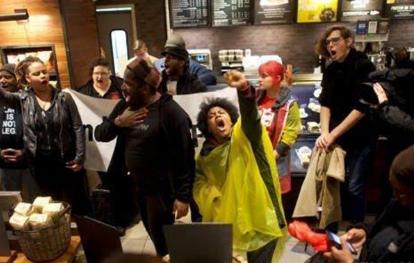 星巴克种族歧视危机终落幕,星巴克安然度过危机