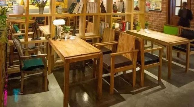 撤了两张餐桌,餐厅营业额翻了一番