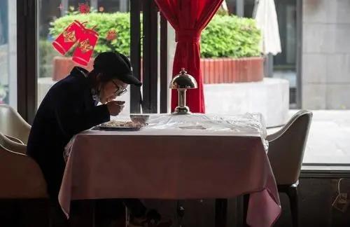又一省发2000万餐饮消费券:仅限线下门店使用,推动餐饮复苏