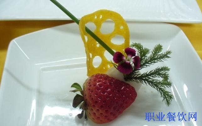 餐厅盘花的步骤图