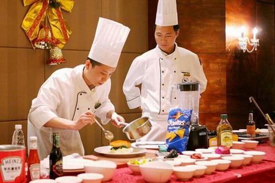 普通厨师跟大厨师差距有多大?图片