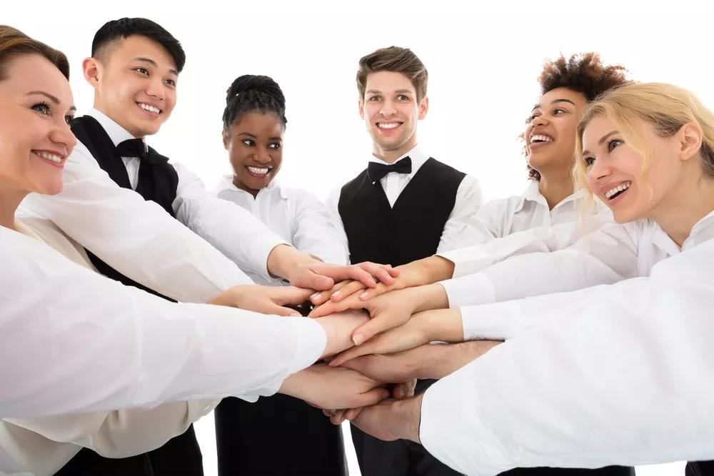 什么样的绩效考核制度能让餐厅员工多干活又不抱怨?