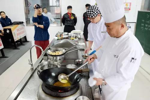 餐厅招聘厨师长,这18个问题一定要问,让你招到合适的人!
